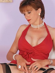 Lady sonia and vibrator